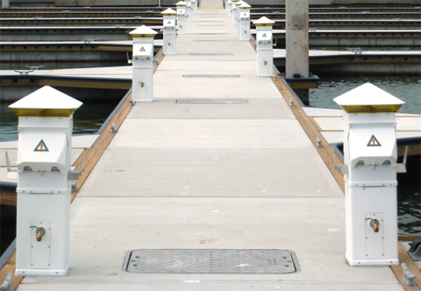 marina-walkway-outlets